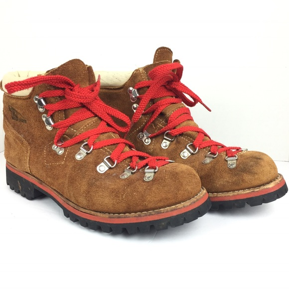 ... Hiking boots vintage style. M 5ae1492d5521bed69b6cca3d 43336d7ab0